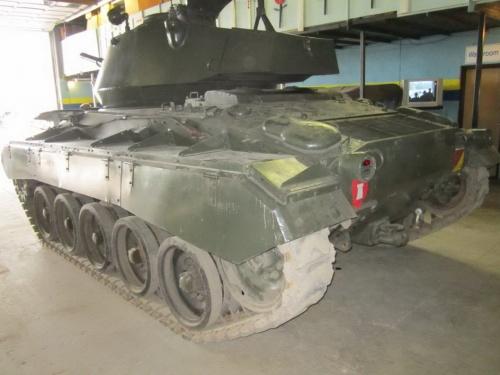 Фотообзор - американский легкий танк M-24 Chaffee (59 фото)
