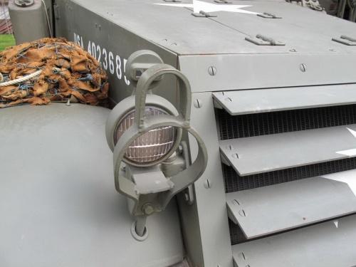 Американский полугусеничный бронетранспортёр M3 Halftrack (132 фото)