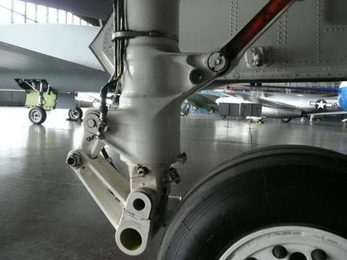 Американский прототип истребителя пятого поколения Northrop-McDonell Douglas YF-23 Black Widow II (117 обоев)