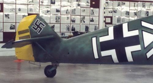Немецкий истребитель ME-109E (33 фото)
