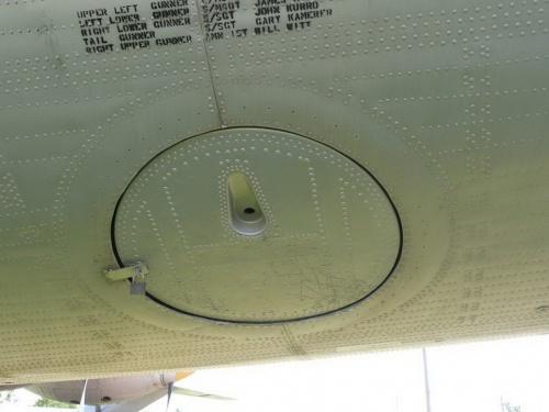 Американский межконтинентальный бомбардировщик Convair RB-36H Peacemaker (182 обоев)
