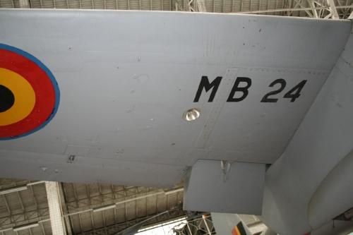 Британский многоцелевой самолёт-бомбардировщик De Havilland Mosquito NF.XIX (40 обоев)