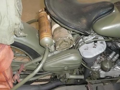 Американский мотоцикл Harley-Davidson WLA.45 (49 обоев)