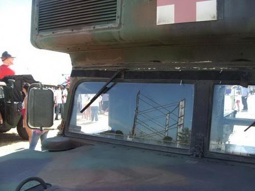 Американский армейский вездеход HMMWV M997 Ambulance (52 обоев)