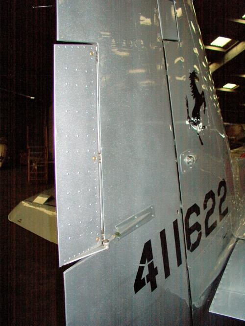 Американский истребитель P-51D Mustang (52 обоев)
