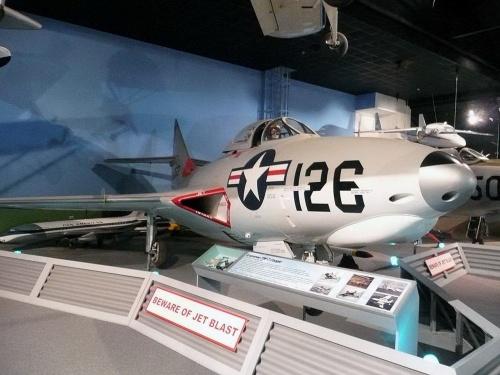 Американский всепогодный истребитель Grumman F9F Panther/Cougar (67 обоев)