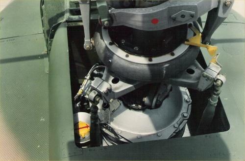 Американский многоцелевой вертолёт Bell UH-1D Huey (81 фото)
