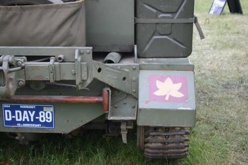 Британский лёгкий многоцелевой бронетранспортёр Bren Gun Carrier (24 фото)