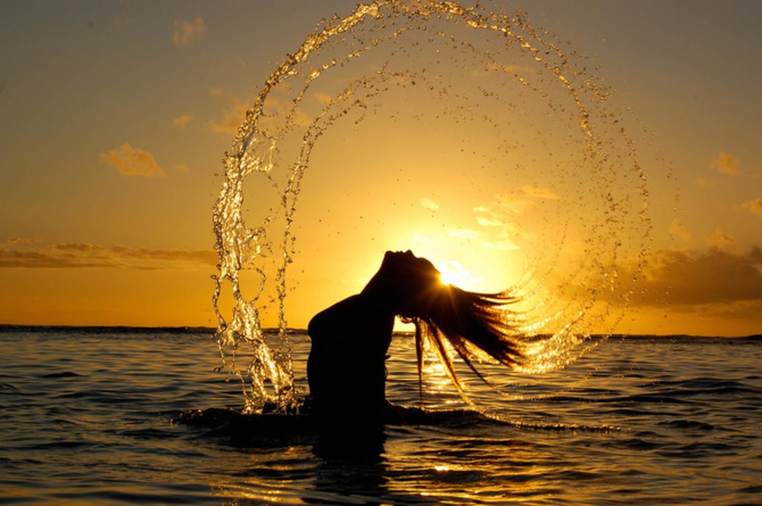 Фото блондинки в лучах солнца 28 фотография