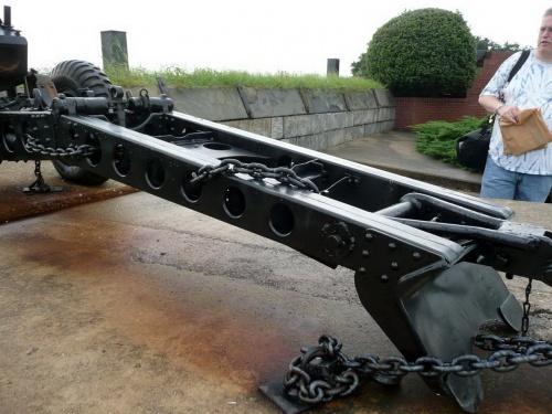 Американская буксируемая вьючная 75-мм гаубица US 75mm M1A1 Pack Howitzer on M8 (57 фото)