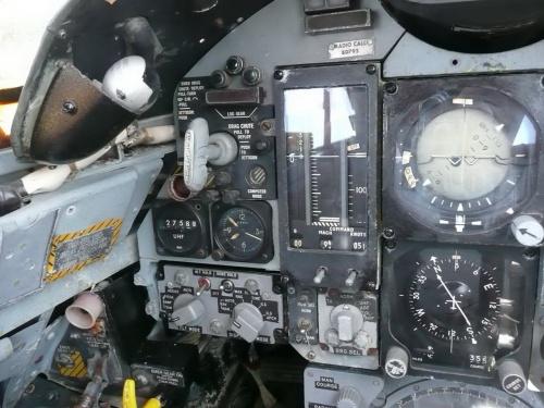 Американский истребитель-перехватчик Convair F-106A-100-CO Delta Dart (74 фото)
