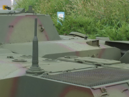 Советская боевая гусеничная плавающая машина БМД-1 (28 фото)