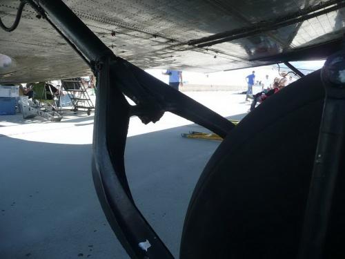 Американский противопартизанский самолёт Douglas AC-47 Spooky (184 работ)