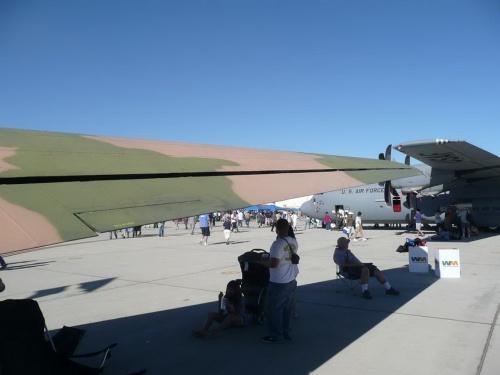 Американский противопартизанский самолёт Douglas AC-47 Spooky (184 фото)