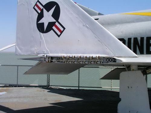 Фотообзор - американский истребитель-бомбардировщик McDonnell Douglas F-4A (145313) Phantom II (28 фото)