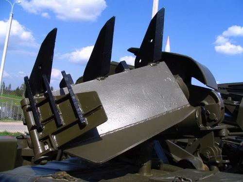 Советская инженерная машина разграждения ИМР-2 (67 фото)