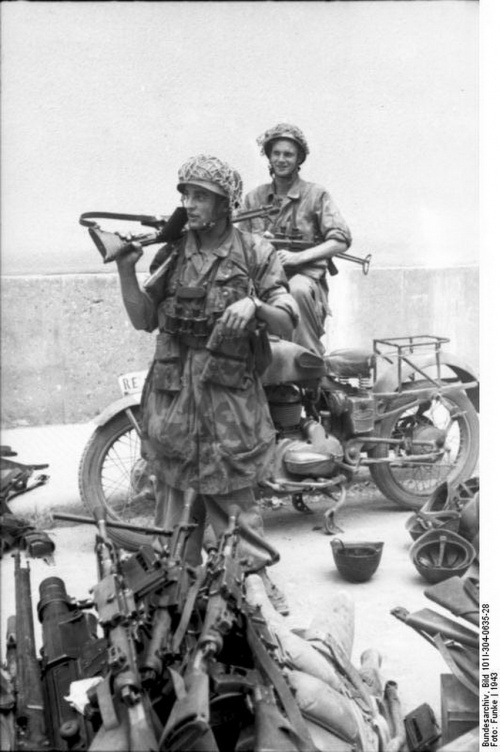 Фотографии из немецкого федерального архива часть 38 (160 фото)