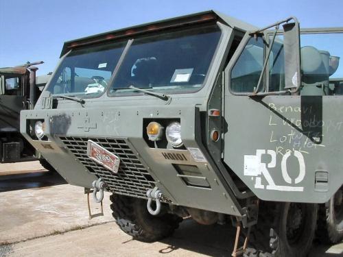 Фотообзор - американский грузовик M985 HEMTT (64 фото)