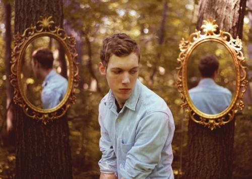 Сюрреалистические автопортреты от Кайла Томпсона (23 фото)