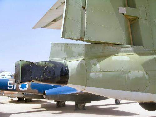 Фотообзор - британский истребитель Meteor NF-13 (40 фото)