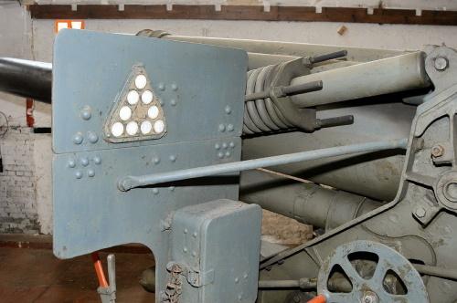Фотообзор - американская гаубица M114A1-M1 калибра 155mm (65 фото)