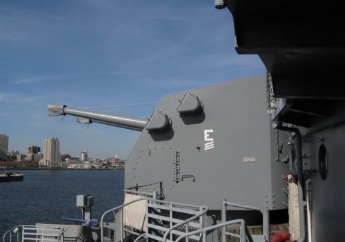 Американский линкор BB-62 USS New Jersey (203 фото)