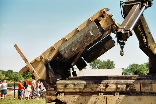 Фотообзор - британская инженерная машина Chieftain AVRE (27 фото)