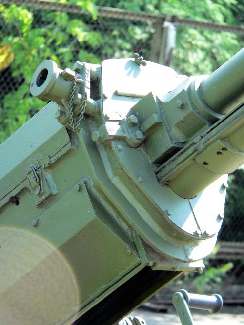Фотообзор - американская зенитная пушка M3 37mm (51 фото)