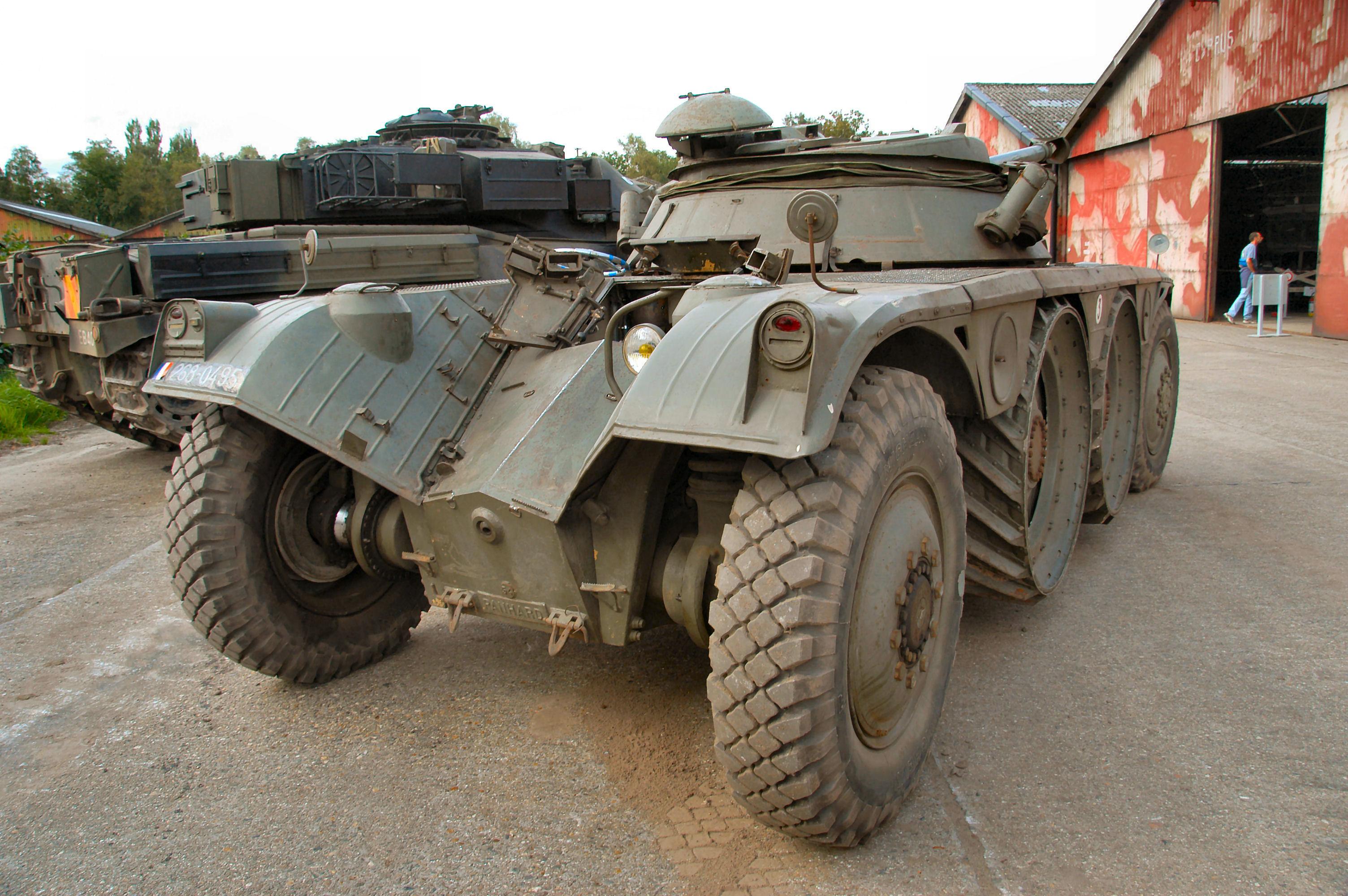 Модели танков и бронетехники из бумаги своими руками.: Все