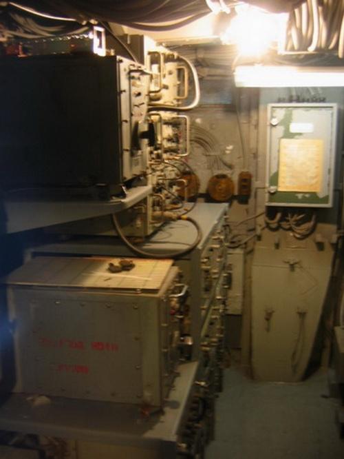 Американский эскадренный миноносец USS The Sullivans DD-537 (27 фото)
