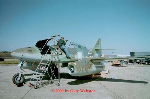 Фотообзор - немецкий истребитель Me 262 B-1a (24 фото)