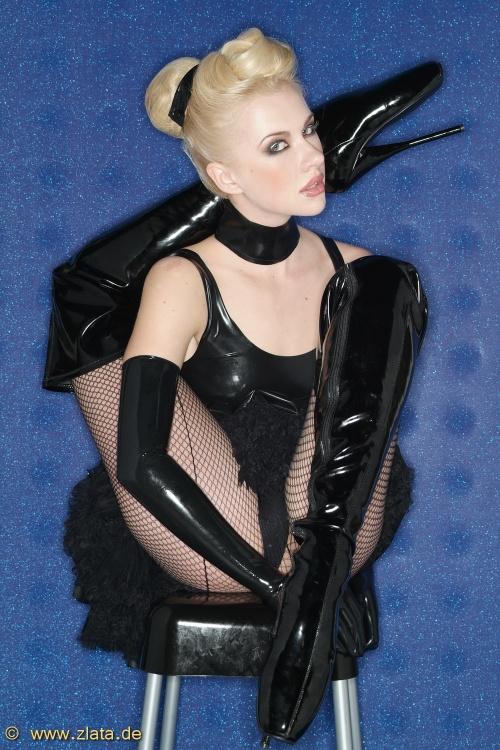 Latex Queen. Flexible girl (98 фото)