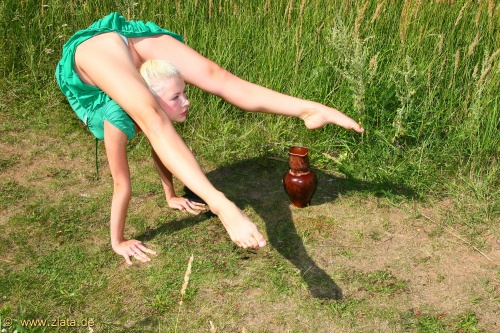 Natural Wonder. Flexible Girl (132 фото) (эротика)