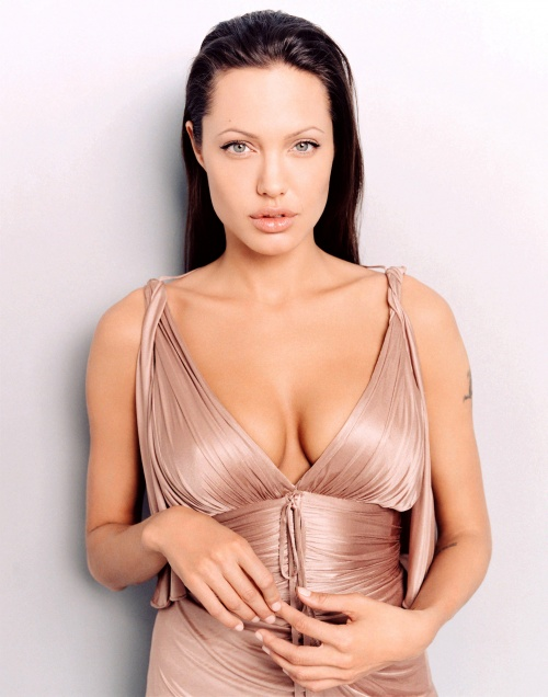 Angelina Jolie - Photoshoot for Premiere Magazine (June 2003) (19 фото)