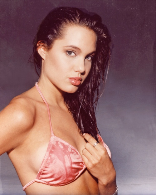Angelina Jolie - First Fotoshoot [Harry Langdon] (1989) (32 фото)