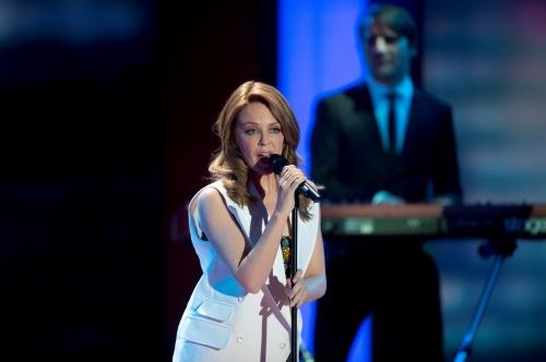 Kylie Minogue - Ein Herz Fuer Kinder Gala Show - Berlin, Germany (December 15, 2012) (23 фото)