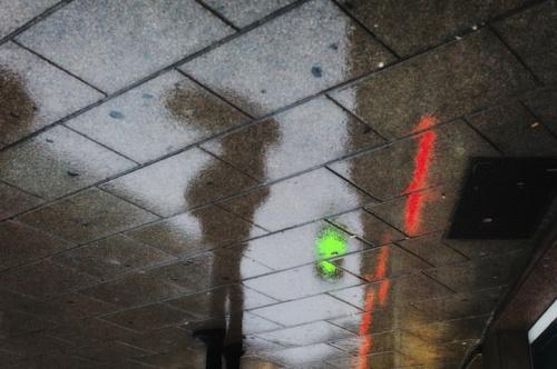 Рисунки дождя на асфальте (17 работ)