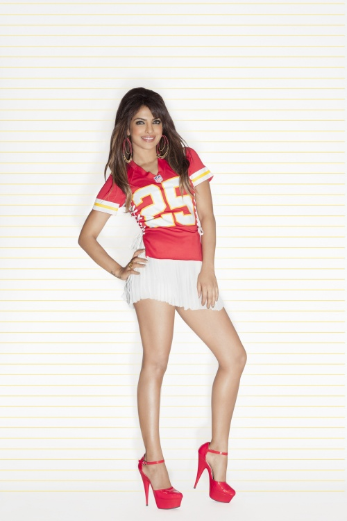 Priyanka Chopra National Football League Photoshoot (32 фото)