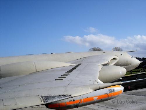 Британский стратегический бомбардировщик Victor B.Mk.2K2 - Lusty Lindy (81 фото)