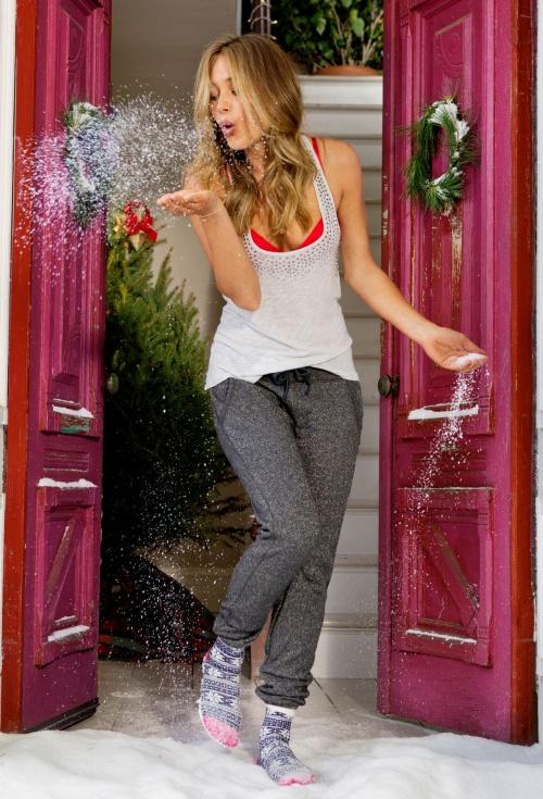 Ханна Дэвис / Hannah Davis - Aerie Lingerie November & Holiday 2013 (98 фото)