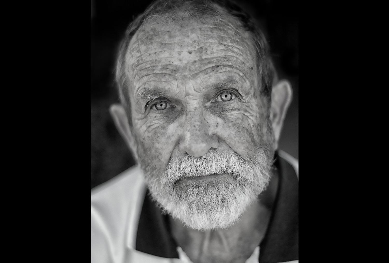 Фото пожилых мужиков 18 фотография