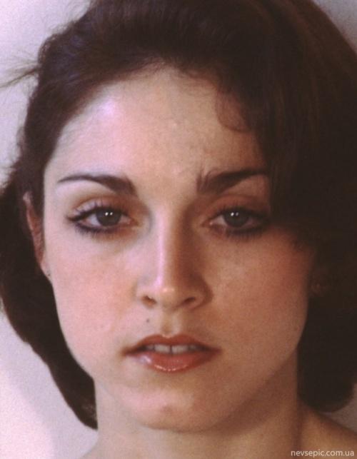 Сокровенные фотографии Мадонны 70-х (20 работ) (эротика)
