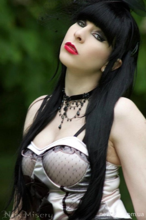 Gothic Girls - Big Photo Gallery (3847 ����)