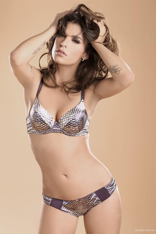 Elisabetta Canalis (38 фото)