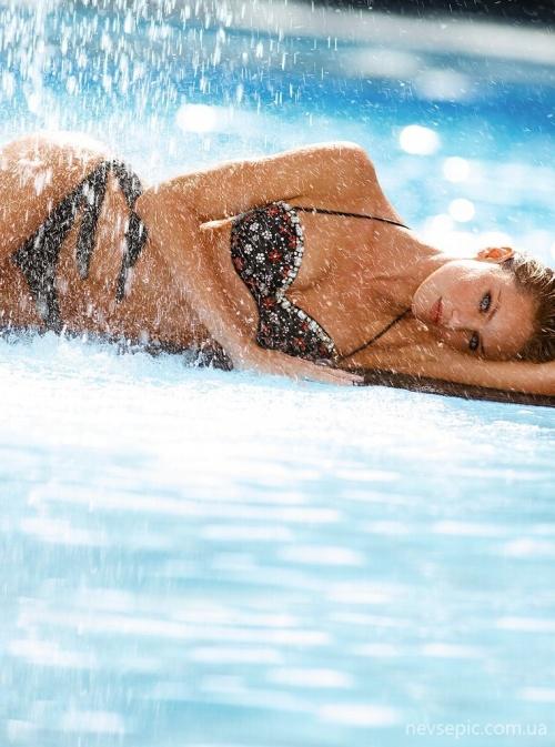 Candice Swanepoel (52 фото)